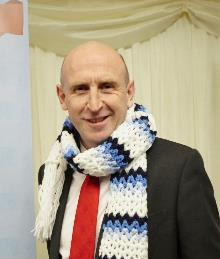 john healey mp supporting cold homes week (2)_be