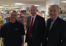 mark game, john healey and frank field at community shop in goldthorpe - copy_be